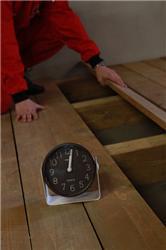 Izolace dutého stropu trvá 3 hodiny